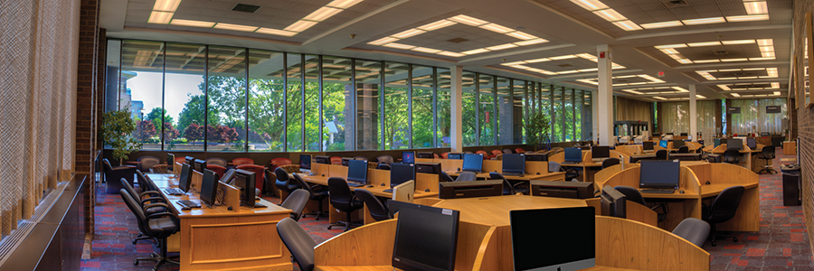 Kilmer Library Lab on Livingston Campus